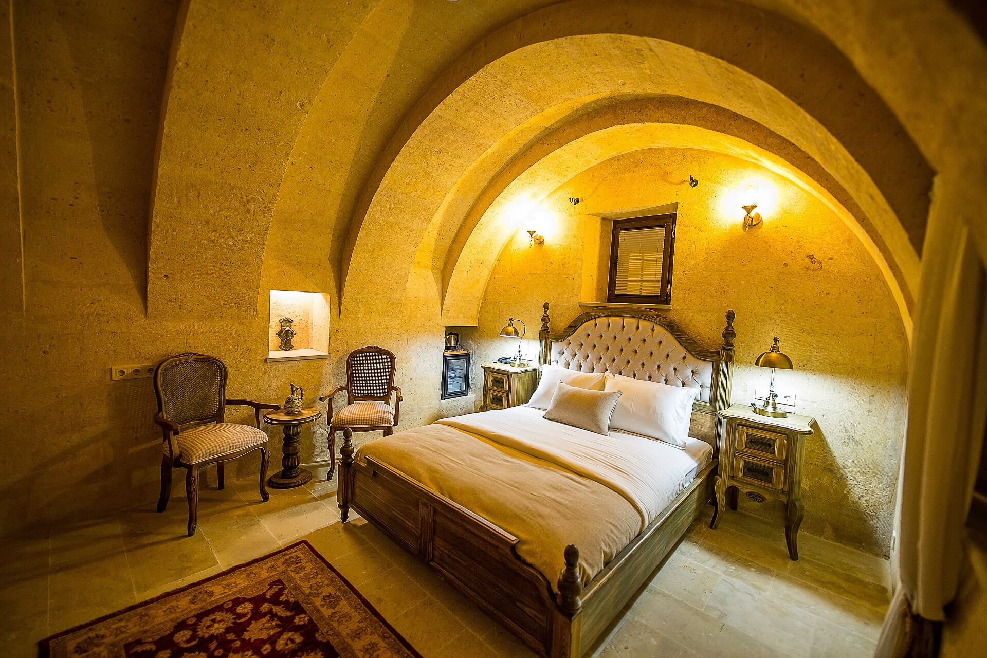 Maya Cave Rooms and Suites